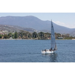 YachtRaces/YR2019/L2H19/Broadsword 9687 LH19