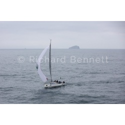 YachtRaces/YR2019/S2H19/DarkAndStormy 9549 SH19